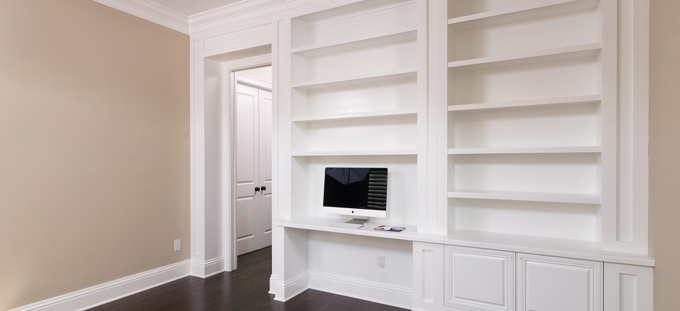 Which Crown Molding Material Is Right For Your Home