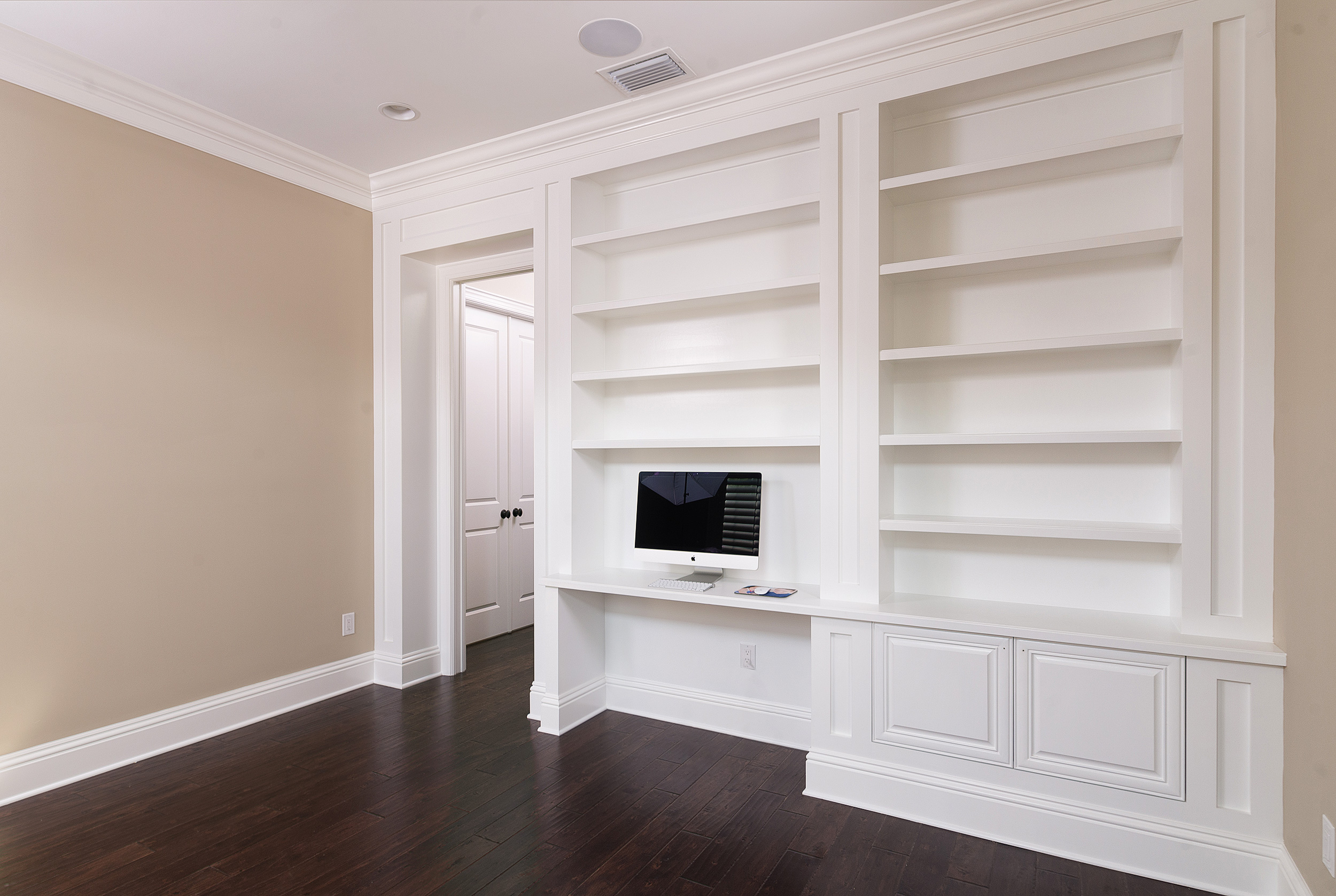 7 Types Of Crown Molding For Your Home Bayfair Custom Homes Luxury Custom Homes In Tampa Florida
